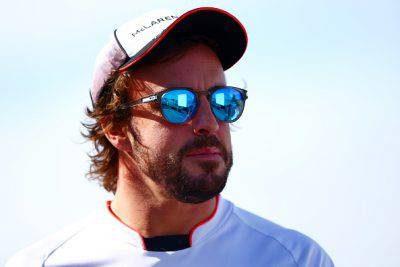 """F1, Fernando Alonso annuncia il ritiro: """"Non mi diverto più"""""""