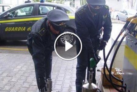 Truffa dai distributori di benzina