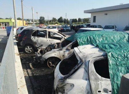 Attentato incendiario a Paglieta: a fuoco otto veicoli di un autosalone
